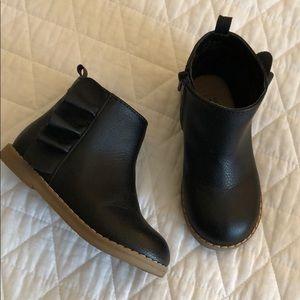 Gap black toddler girl booties size 9